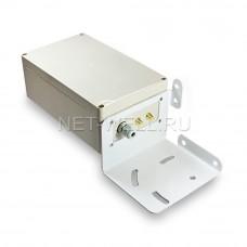 Гермобоксом с кронштейном для параболической 3G/ 4G MIMO антенны
